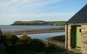 Mariners Cottage at Bettws beach, Parrog, Newport
