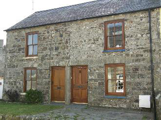 Peerie Hoose Holiday Cottage in Newport