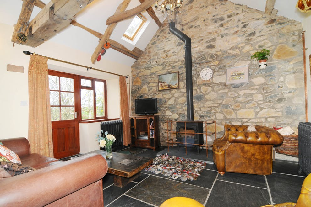 Y Bryn Cottage, Pendre, Newport